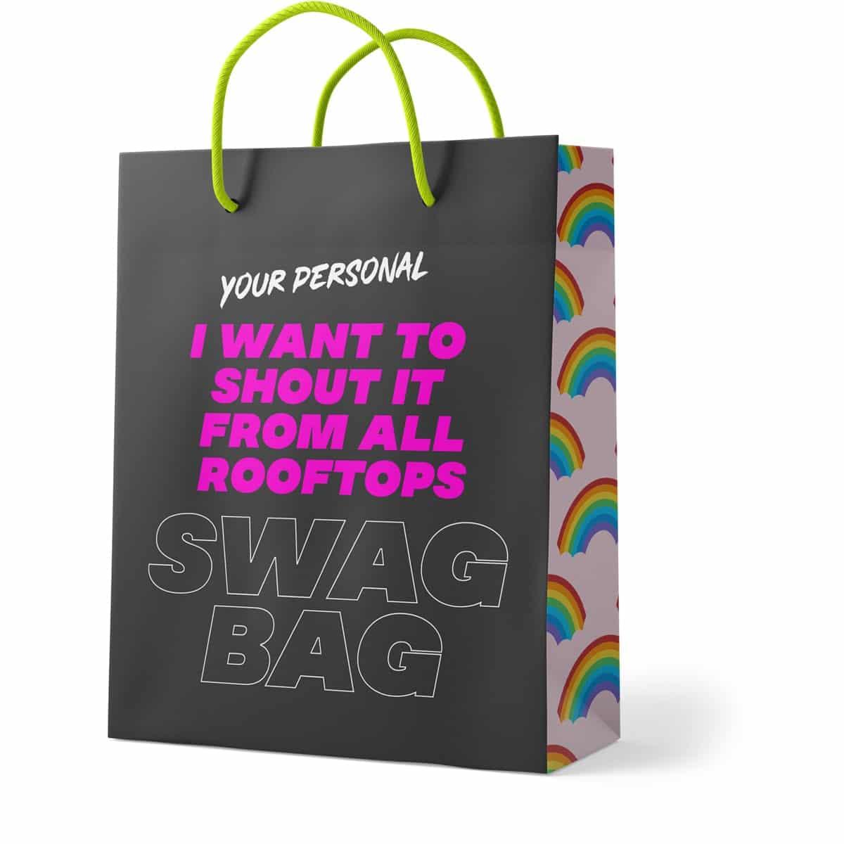 Eine Papiertasche mit buntem Aufdruck